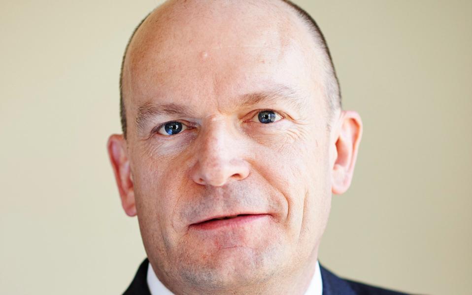 Τζ. Κούπερ: «H Ευρώπη πρέπει να συνεχίσει να παράγει τα καύσιμα πετρελαίου που χρησιμοποιεί»