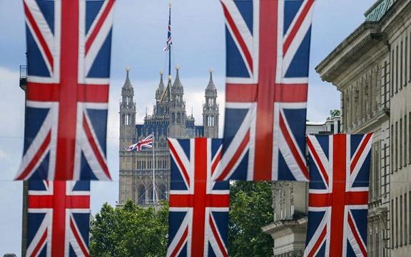 Ντόμινο πτωχεύσεων στον ενεργειακό κλάδο στη Βρετανία