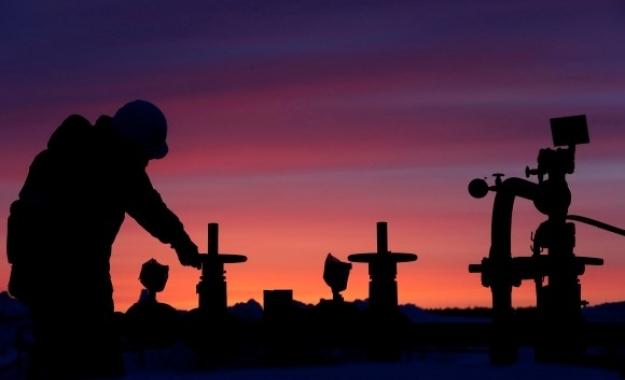 Πετρέλαιο: Ανεβαίνουν οι τιμές εν μέσω του τυφώνα Άιντα