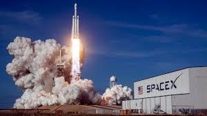 SpaceX: Τουλάχιστον στα $60 δισ. εκτιμάται η αξία της εταιρείας