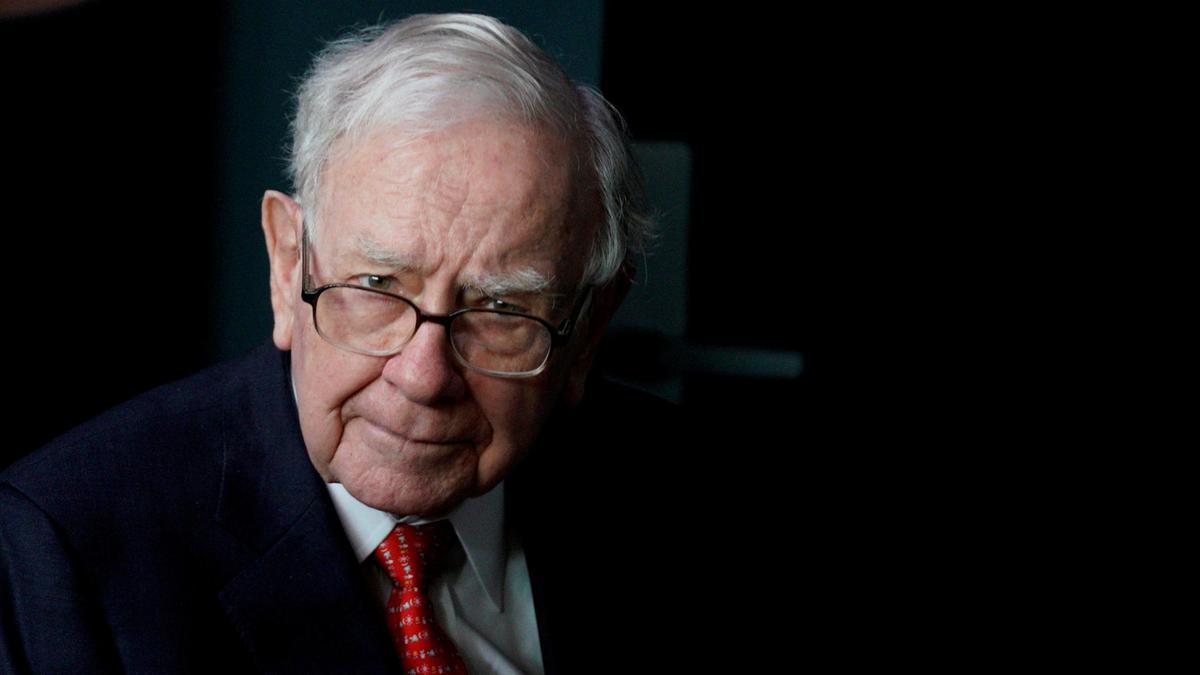 """Αλλαγή εποχής: Η """"αποκαθήλωση"""" του Warren Buffett;"""