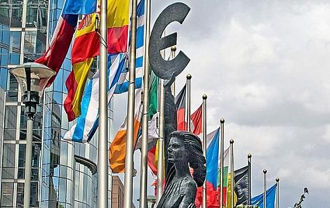 Η οικονομία της Ευρωζώνης δεν έχει ισορροπήσει