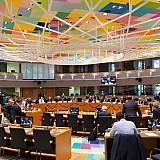 Το Eurogroup επιδοκιμάζει την πολιτική της Αθήνας