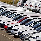 Μειώθηκαν οι πωλήσεις καινούργιων αυτοκίνητων στην ΕΕ τον Ιούλιο και τον Αύγουστ