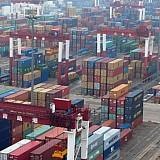 Τρομάζει οικονομίες και καταναλωτές το ράλι των εμπορευμάτων
