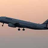 Αεροπορικές εταιρείες: Σκληρός ανταγωνισμός για τα ταξίδια μετά το καλοκαίρι με πτήσεις από… 1 ευρώ
