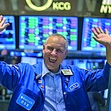 Πότε θα νιώσουμε άβολα από τη διαρκή άνοδο των αγορών;