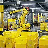 Από ρομπότ η συσκευασία των παραγγελιών της Amazon