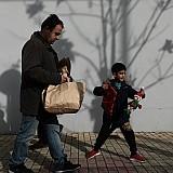 Μεγάλος ο κίνδυνος παιδικής φτώχειας στην Ελλάδα - Το τρίτο μεγαλύτερο ποσοστό στην ΕΕ