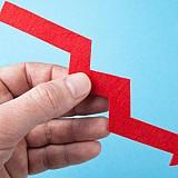 Πτώση τζίρου για 3 στις 5 μεγάλες ελληνικές εταιρίες