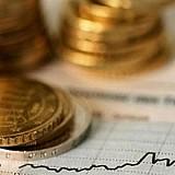 Η Ε.Ε. απέκλεισε από την έκδοση ομολόγου 10 τραπεζικούς κολοσσούς