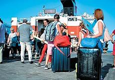 Ε.Ε.: Συμφωνία για πράσινο διαβατήριο, ανοίγει πανευρωπαϊκά τον τουρισμό