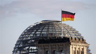Επιμένει σε «ασπιρίνες» το Βερολίνο για το χρέος