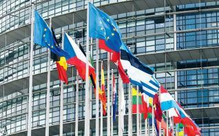 Απειλούν να μπλοκάρουν την προεξόφληση του ΔΝΤ