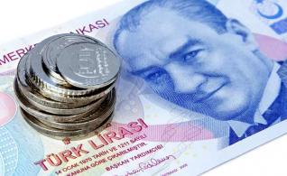 Η κατρακύλα της τουρκικής λίρας ενδέχεται να επηρεάσει Γερμανία και ΕΕ