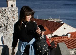Ρεκόρ τουριστών, αλλά με μικρό... πορτοφόλι