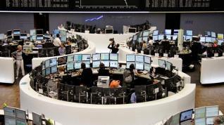Στον «ρυθμό» των κεντρικών τραπεζών τα χρηματιστήρια