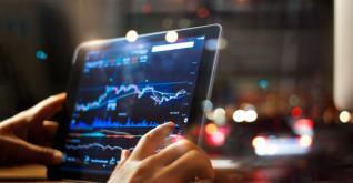 ΕΥ: Εννιά στις δέκα επιχειρήσεις σχεδιάζουν να «πουλήσουν» μέχρι το 2020