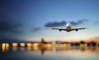 Τουρισμός: Αύξηση 7,7% στις διεθνείς αεροπορικές αφίξεις το πρώτο τρίμηνο