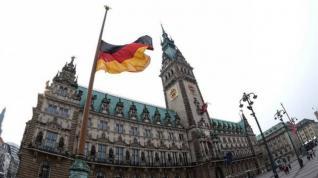 Σύννεφα στη γερμανική οικονομία: Υποβαθμίζει την πρόβλεψη για το ΑΕΠ, υποχωρεί η βιομηχανική παραγωγή