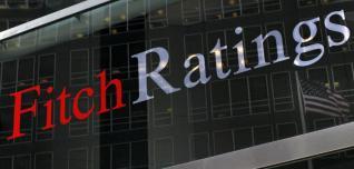 Τέσσερις αδυναμίες στην ελληνική οικονομία βλέπει ο οίκος Fitch