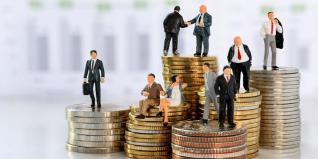 Εισηγμένες: Ποιες μοιράζουν χρήμα μετά... τις διακοπές