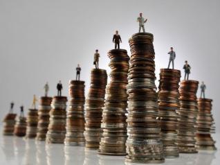 «Λεφτά υπάρχουν»: 420 εκατ. από ιδιώτες στην ΤΕΡΝΑ Ενεργειακή