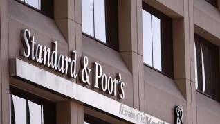 S&P: Οι τράπεζες παγκοσμίως θα έχουν πιστωτικές ζημιές 2,1 τρισ. δολάρια έως το τέλος του 2021