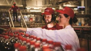 Coca-Cola: Η άρση του lockdown απογείωσε τα κέρδη της