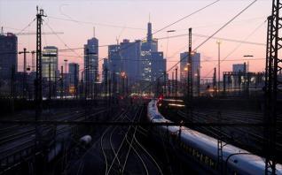 Γερμανία: Από το «δεύτερο οικονομικό θαύμα» στη νέα, «γκρίζα» εποχή της οικονομίας