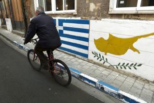 Ο Ελληνισμός σε επιφυλακή: η Αθήνα «ξύπνησε» επιτέλους