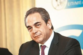 Μίχαλος (EBEA): Χάνονται 6 - 8 δισ. ευρώ φορολογικά έσοδα ετησίως από το παρεμπόριο