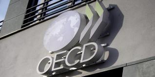 Ουραγός η Ελλάδα στο δείκτη Φορολογικής Ανταγωνιστικότητας