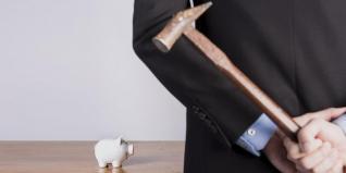 Τράπεζες: Τελειώνουν με αναδιαρθρώσεις δανείων άνω του 1,3 δισ.