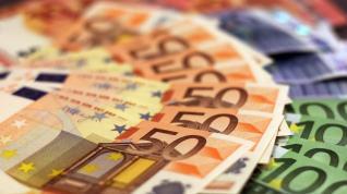 Η «πίτα» : 35 εκ. ευρώ πήραν το 2018 τα ΜΜΕ από τις Τράπεζες