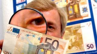Ψάχνουν να κλείσουν «τρύπα» 1 δισ. ευρώ στον προϋπολογισμό