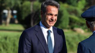 Μητσοτάκης σε Figaro: Μείωση φόρου σε επιχειρήσεις στο 24%