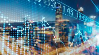 ΕΚΤ: Ρυθμό ανάπτυξης 4,4% προβλέπουν οι αναλυτές για το 2021
