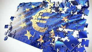 Ευρωζώνη: Συρρικνώθηκε για 10ο μήνα η μεταποίηση