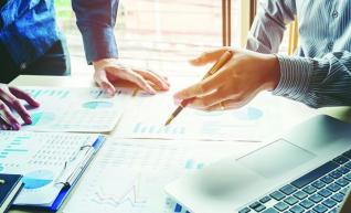 Κίνητρα μεγέθυνσης εταιρειών για να γίνουν ανταγωνιστικές