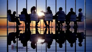 Οι εισηγμένες ξεπερνούν την κρίση ανταγωνίζονται τα ρεκόρ του 2019
