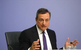 FT: Ο Ντράγκι αγνόησε την εισήγηση των τεχνοκρατών για το νέο QE