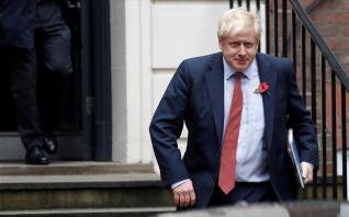 Brexit: Αντιδράσεις για την «ανίερη συμμαχία» Τζόνσον με hedge funds