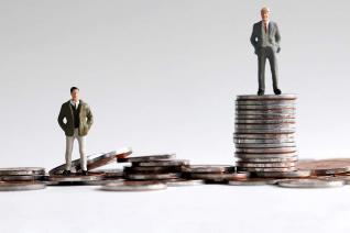 Το χάσμα φτωχών - πλουσίων μεγάλωσε μέσα στην κρίση