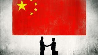 Κίνα: Οι βραδύτερες πωλήσεις και οι χαμηλότερες τιμές παραγωγού έπληξαν τα κέρδη των βιομηχανιών