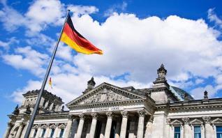 Αισθητή επιβράδυνση στη Γερμανία βλέπει το ΔΝΤ