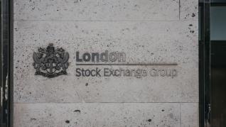 Το Χρηματιστήριο του Χονγκ Κονγκ απέσυρε ξαφνικά την προσφορά του για το LSE