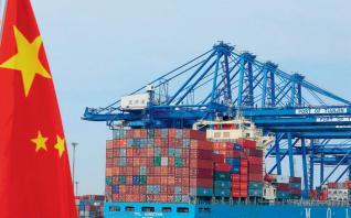 Σε χαμηλό 27 ετών η ανάπτυξη στην Κίνα, εξαιτίας της εμπορικής διαμάχης