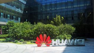 Huawei Launches 'Historic' New Strike At Android To Beat Google And Samsung