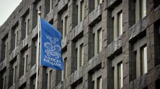 Η Σουηδία βάζει τέλος στα αρνητικά επιτόκια
